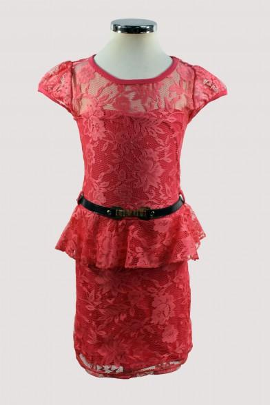 Гипюровое платье с баской