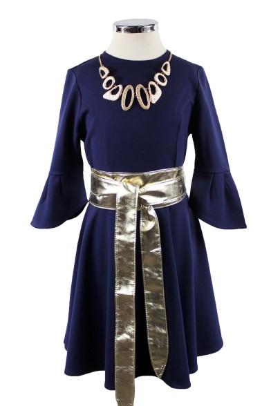 Платье с золотым поясом и ожерельем Deloras